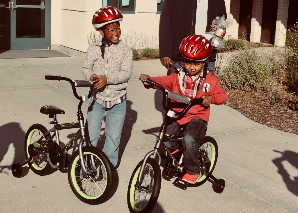 2018 Community Giveback - kids with bikes 7